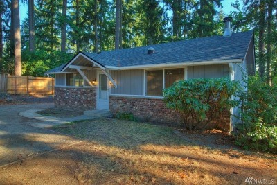 Lake Tapps Single Family Home For Sale: 18606 9th St E