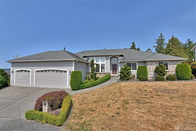 Stanwood Single Family Home Contingent: 8709 Myrtle Rd