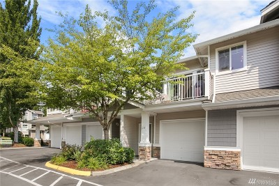 Snohomish Condo/Townhouse For Sale: 14200 69th Dr SE #J5