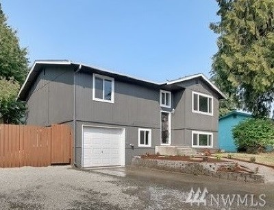 Puyallup Single Family Home For Sale: 2615 Mt McKinley Ct