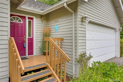 Bellingham Single Family Home For Sale: 4905 Columbus Ave