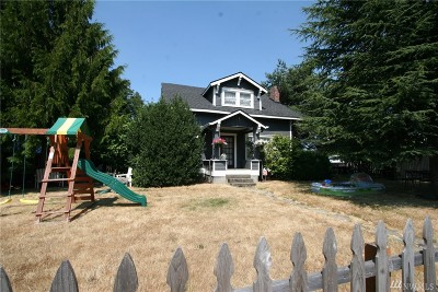 Centralia Single Family Home For Sale: 827 Marsh St