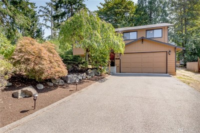 Kenmore Single Family Home For Sale: 8845 NE 147th St