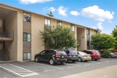 Bellevue Condo/Townhouse For Sale: 16225 NE 12th Ct #F82