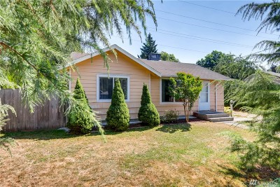 Renton Single Family Home For Sale: 528 Newport Ave SE