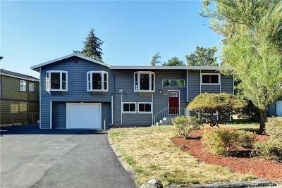 Kirkland Single Family Home For Sale: 8748 NE 140th St