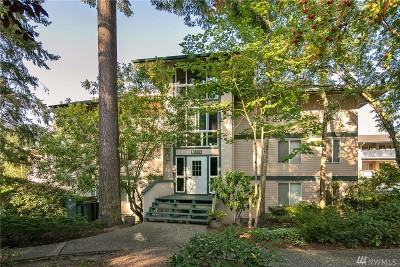 Lynnwood Condo/Townhouse For Sale: 5630 200th St SW #B112