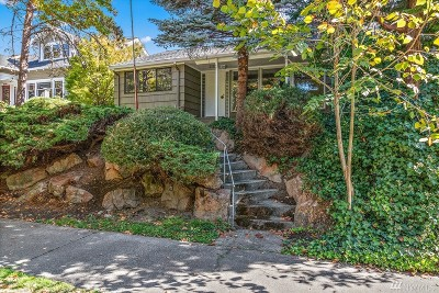 Seattle Single Family Home For Sale: 2528 10th Ave W