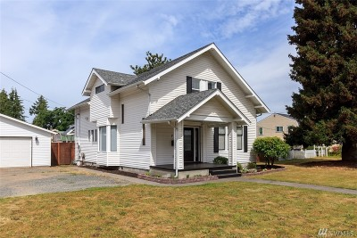 Puyallup Single Family Home For Sale: 714 2nd St NW