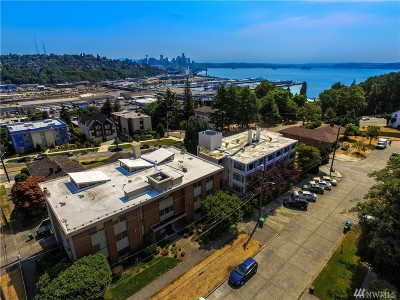 Seattle Condo/Townhouse For Sale: 1964 26th Ave W #201