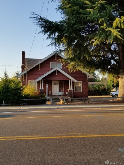 University Place Single Family Home For Sale: 7905 27th St W