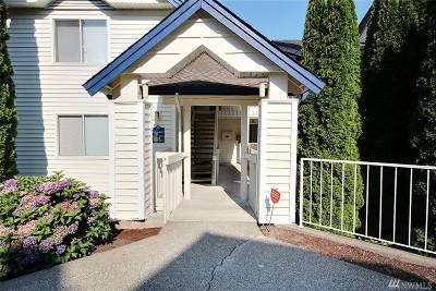Renton Condo/Townhouse For Sale: 1900 NE 48th St #D301