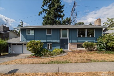 Renton Single Family Home For Sale: 1900 SE 16th Place