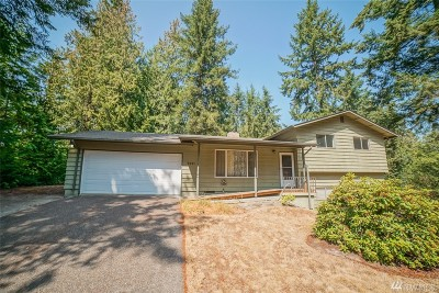Edgewood Single Family Home For Sale: 9221 32nd St E