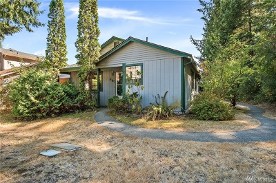 Lacey Single Family Home For Sale: 587 Malibu Dr SE