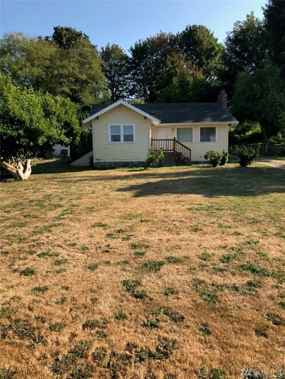 Stanwood Single Family Home For Sale: 8000 Lakewood Rd