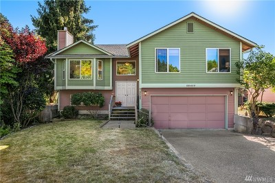 Kirkland Single Family Home For Sale: 13417 110th Place NE