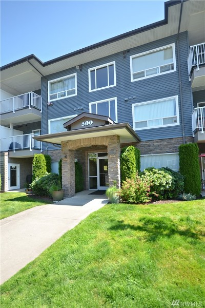Bellingham Condo/Townhouse For Sale: 500 Darby Dr #112