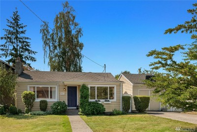 Seattle Single Family Home For Sale: 1011 NE 115th St