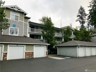 Everett Condo/Townhouse For Sale: 12712 Admiralty Wy #G304