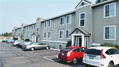 Tacoma Condo/Townhouse For Sale: 625 N Jackson Ave #A-10