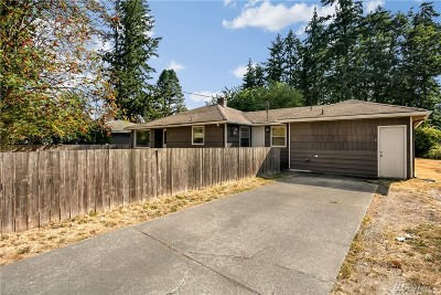 Lynnwood Single Family Home For Sale: 19411 68th Ave W