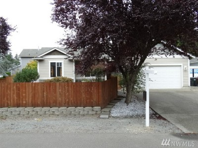 Spanaway Single Family Home For Sale: 5911 204th St Ct E