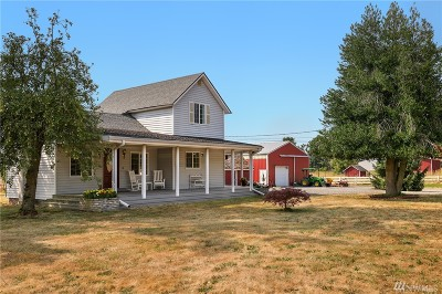 Enumclaw Single Family Home For Sale: 41705 212th Ave SE