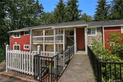 Bellevue Condo/Townhouse For Sale: 15230 SE 43rd St #A201