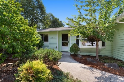 Maple Valley Single Family Home For Sale: 22051 SE 269th Place