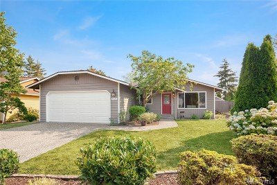 Bothell Single Family Home For Sale: 914 235th St SW