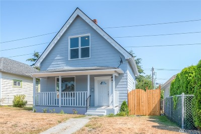 Everett Single Family Home For Sale: 1305 E Marine View Dr