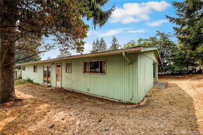 Seattle Single Family Home For Sale: 320 S 128th St