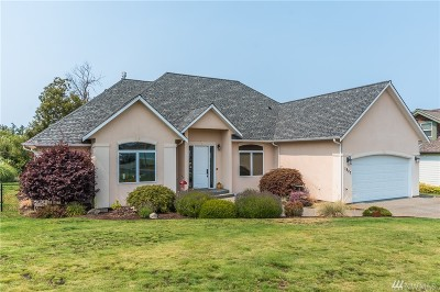 Oak Harbor Single Family Home Sold: 1827 SW Waterside Ct