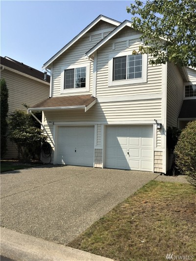 Renton Condo/Townhouse For Sale: 17525 133rd Lane SE
