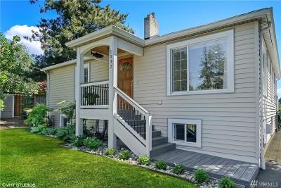 Edmonds Single Family Home For Sale: 1032 Puget Dr