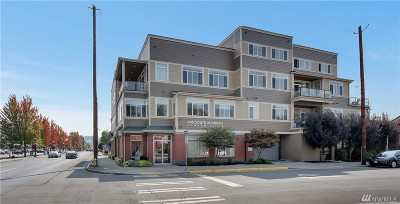 Puyallup Condo/Townhouse For Sale: 400 S Meridian #2E