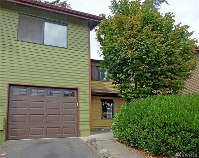 Oak Harbor WA Condo/Townhouse For Sale: $210,000