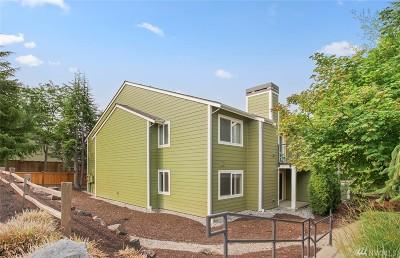 Bellevue Condo/Townhouse For Sale: 12607 SE 41st Place #H-206