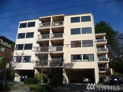 Seattle Condo/Townhouse For Sale: 654 W Olympic Place #403