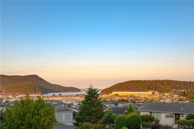 Anacortes WA Single Family Home For Sale: $695,000