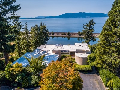 Bellingham Single Family Home For Sale: 410 Bayside Rd