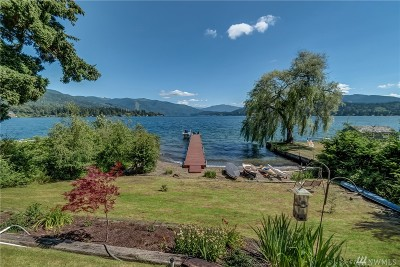 Bellingham Single Family Home For Sale: 2305 Northshore Rd