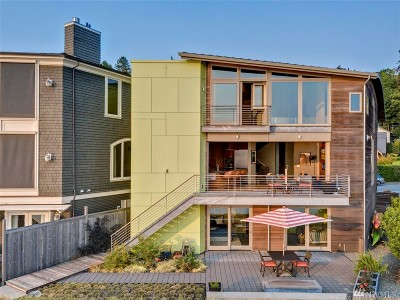 Seattle Single Family Home For Sale: 5415 Beach Dr SW