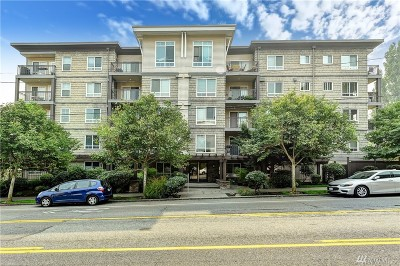 Seattle Condo/Townhouse For Sale: 3015 SW Avalon Wy #209