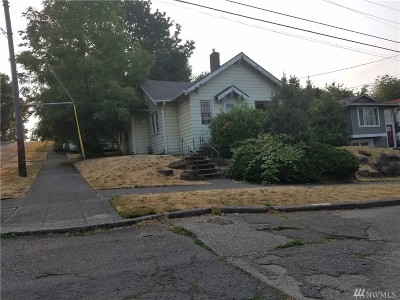 Seattle Single Family Home For Sale: 802 29th Ave S