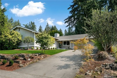 Kirkland Single Family Home For Sale: 11717 NE 144th Place