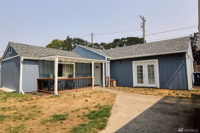 Single Family Home For Sale: 4907 S Oakes St