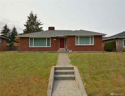 Everett Single Family Home For Sale: 4840 Colby Ave