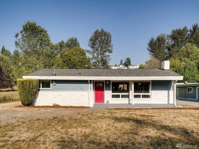 Kenmore Single Family Home For Sale: 18812 80th Ave NE